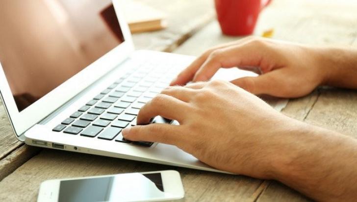 Doua motive pentru care este important sa apelezi la servicii de chat online
