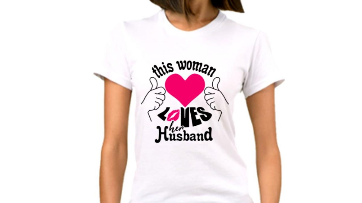 Un tricou personalizat este o idee originala si economica